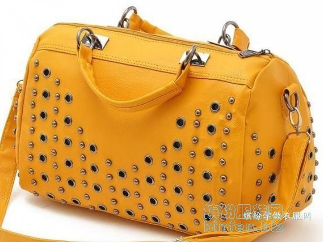 鸡眼/气眼在衣服鞋包上的设计使用得很广