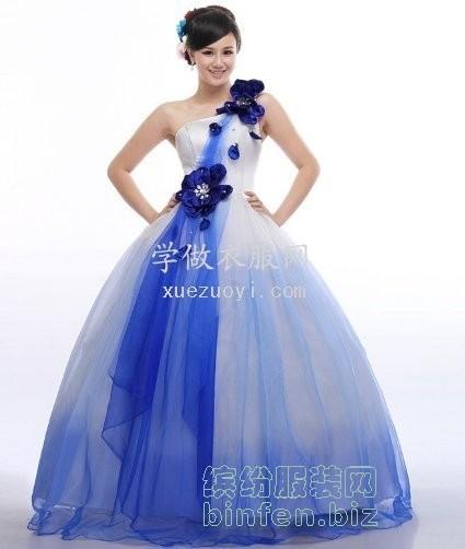 如何把裙子做出高高蓬起的大摆蓬蓬裙效果?