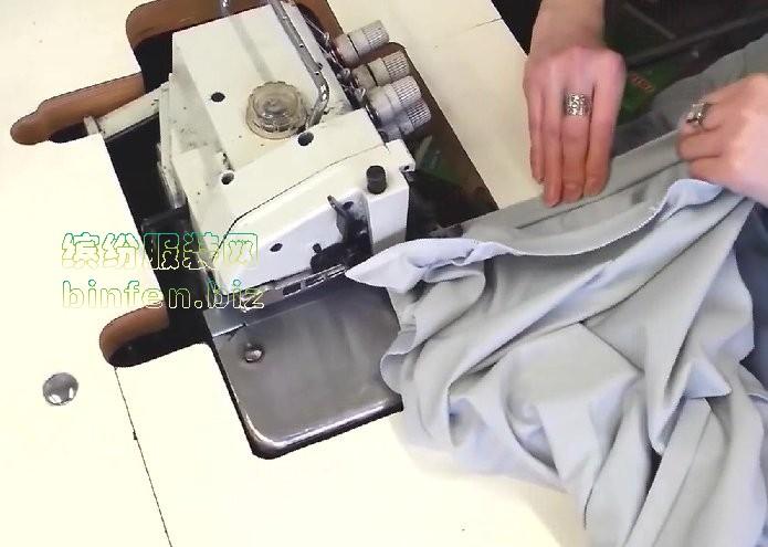用工业平车/四线包缝机/绷缝机三台共做针织T恤