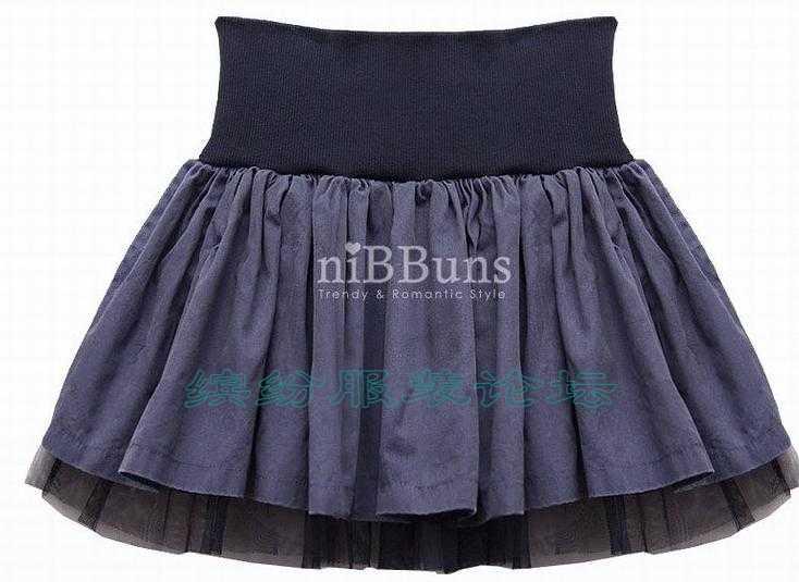 各位老师请问这种弹力腰头的裙子怎么打褶啊?