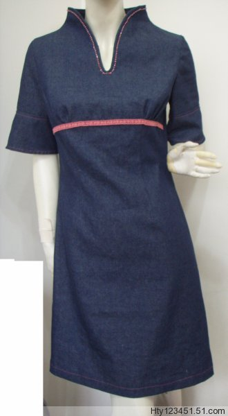 用牛仔布做的旗袍式连衣裙