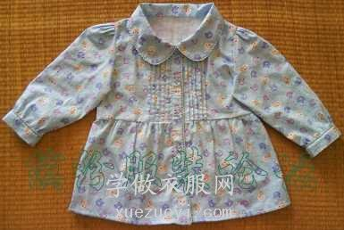 给女儿手缝的长袖衬衫衣服,做胸前细褶花了很多时间