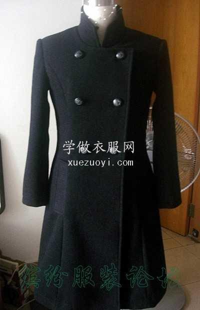 我做的厚羊绒大衣,穿着有点紧,版没打好,一天就车完
